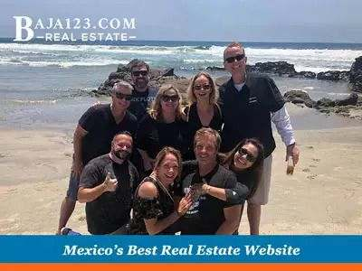 One Look at the Beach of Castillos del Mar Sold Them!