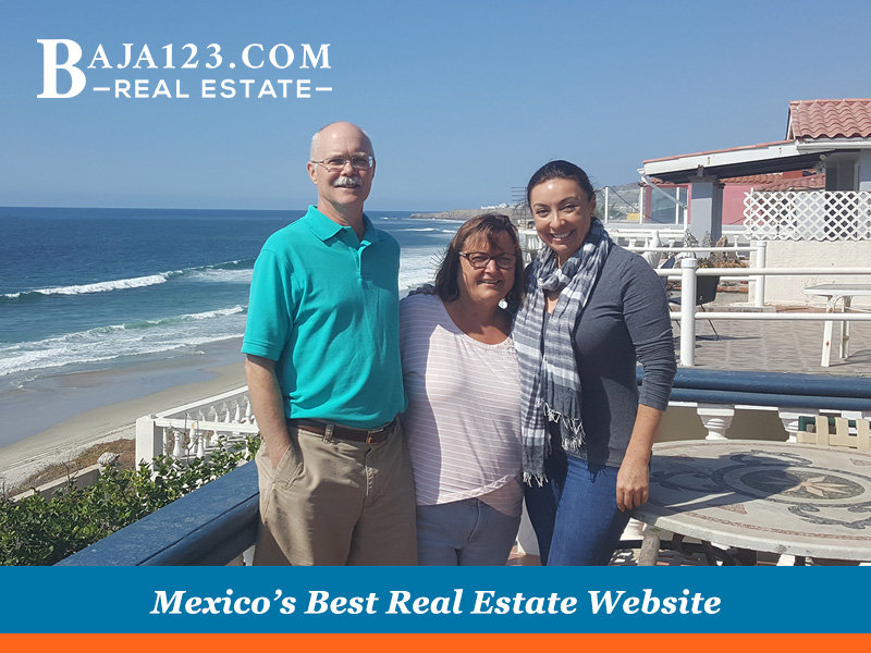 First time in Rosarito clients with Claudia